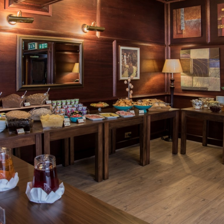 The breakfast buffet at the Durrant House Hotel